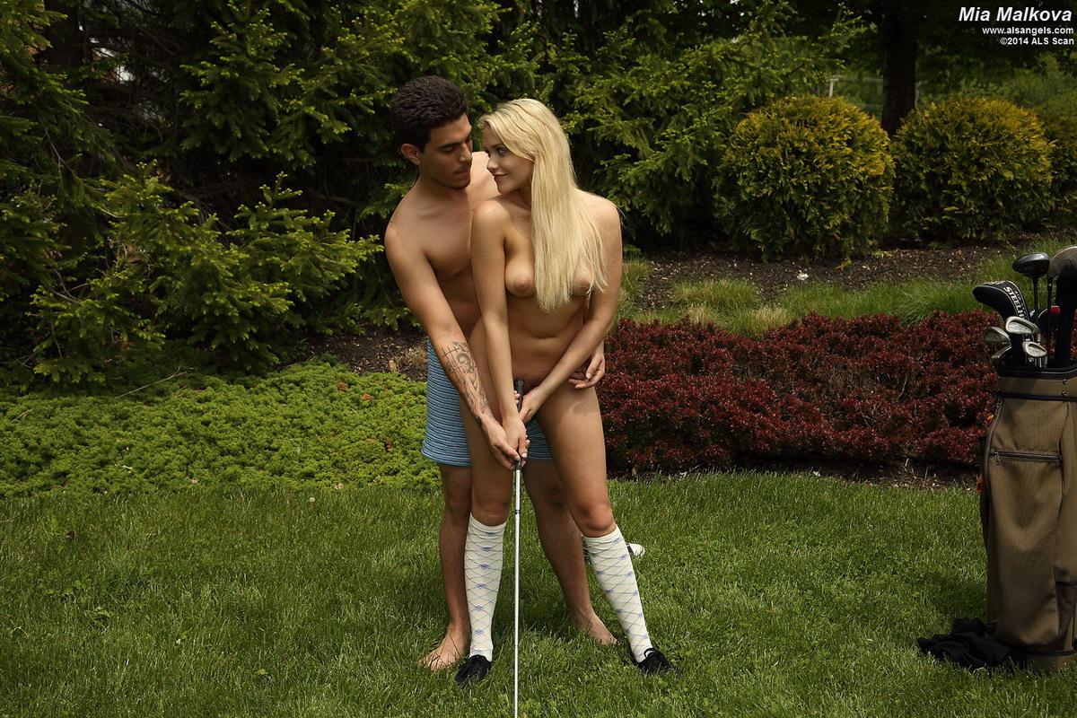 nudes-golf-nude-sex-sexy-gonzo-teen